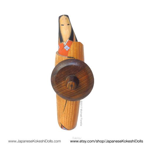 Rare kokeshi doll vintage japanesekokeshidolls.com woodgrain